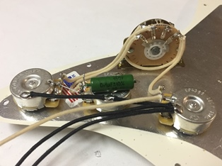 leddin pre-wired 5-way stratocaster wiring harness with russian mil spec  pio capacitor – leddin vintage guitars  leddin vintage guitars